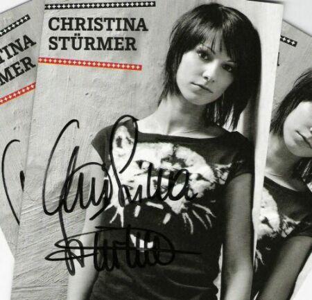 BEENDET: Gewinnt eine orginal Autogrammkarte von Chrstina Stürmer